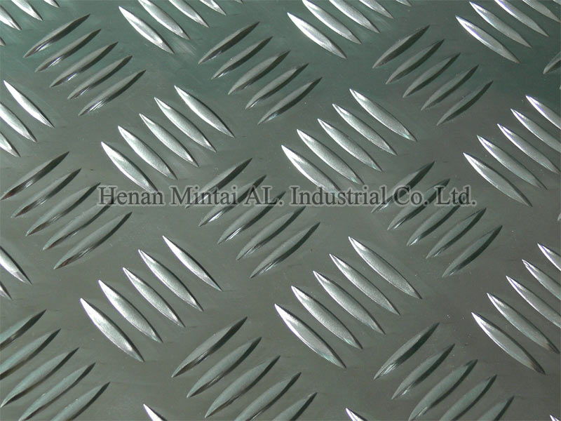 3000 5-bar Aluminum Tread Plate